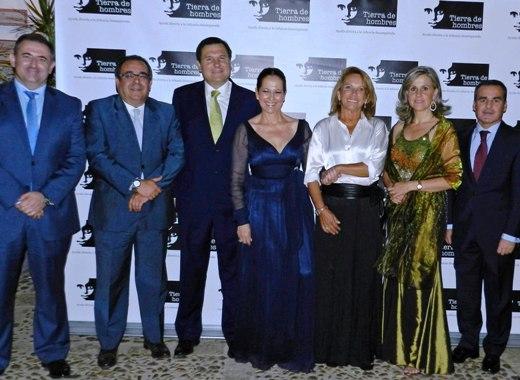 Pasteleria Tragus colabora en la IX cena benéfica organizada por la fundación Tierra de hombres